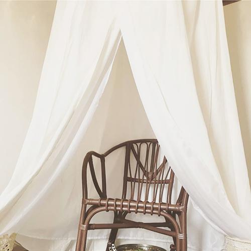サウナと椅子.jpg